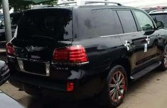 Foreign used lexus Lx 570 jeep 2010 model negotiable