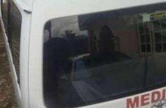 Toyota Hiace medium roof bus