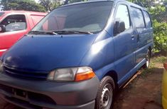 1998 Toyota HiAce in good condition for sale