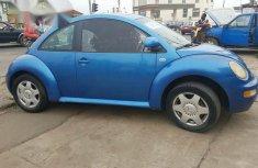 Volkwagen Beetle 2000 Blue