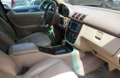 Neatly naija used Mercedes Benz ML320 Jeep up for sale