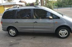 2000 Ford Galaxy in good condition for sale