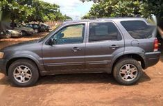 Ford Escape 2004 Limited. Very good condition