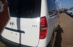 Hyundai H1 Wagon 2012 White