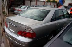 2005 Toyota Avalon full option leather seat.