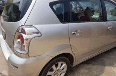 Cheapest neat Nigeria used Toyota corollary verso 3seater
