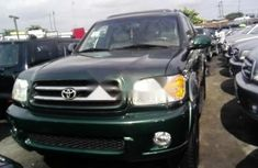 Toyota Sequoia 2004 Petrol Automatic Green for sale