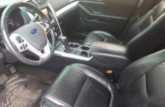 Ford Explorer 2013 Gold