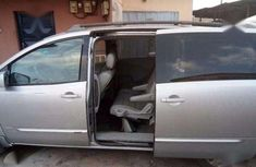 Nissan quest 2005 at Black friday price of 850k