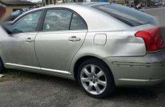 Toyota Avensis '04