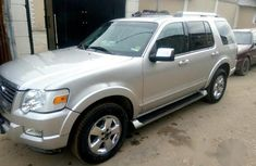 Ford Explorer 2006 Silver