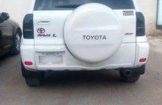 Tokunbo Toyota Rav4 2003 White For Sale