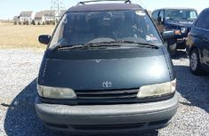 Tokunbo Toyota Previa 1999 Green for sale