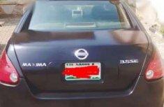 Neat Nissan Maxima O6