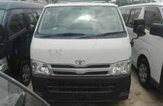 Clean and neat Toyota Hiace bus 2007 for sale