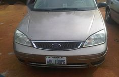 Ford Focus 2004 Gray for sale