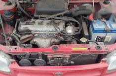 Nissan Micra 2000 Red