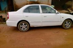 Hyundai Verna '05 (needs money very urgent)