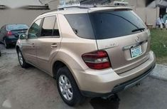 Benz ML350 (Xtremely Clean)