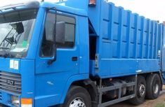 Mark truck 2004 in good condition for sale