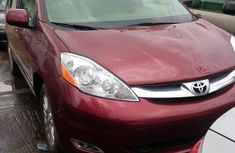 Tokunbo 2008 Toyota Sienna Red Limited AWD for sale