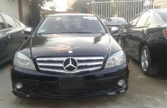 Well Maintained 2009 Benz C300 for sale