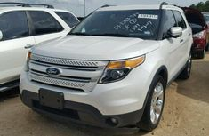 Clean 2014 ford explorer white For Sale Call miss mercy  09036880711 Thanks.