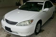 Toyota Camry 2002 white for sale