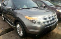 Ford explorer 2012 Grey for sale