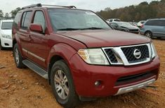 Working perfectly Nissan  Pathfinder 2008 model FOR SALE