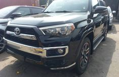 Limited Edition 2015 Toyota 4runner. Squeaky
