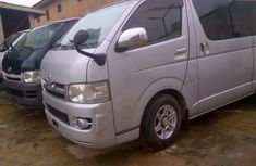 Hiace bus 2015 silver for sale