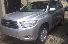 2001 tokunbo Toyota Highlander for sale in a very good for sale