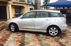 2004 Clean Toyota matrix for sale