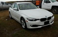 CLEAN AND NEAT BMW 3SERRIES 2007 WHITE FOR SALE #520,000