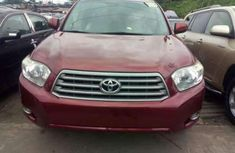 Foreign used Toyota Highlander 2010 red for sale