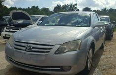 Well Maintained 2013 Toyota Avanlon for sale