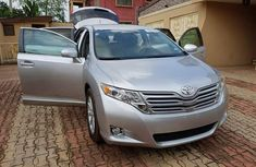 Foreign used Toyota venza 2010 silver for sale