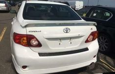 Foreign used Toyota corolla sport 2010 white for sale