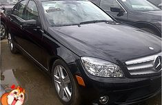 Toks Mercedes Benz c300 4matic 2010 for sale