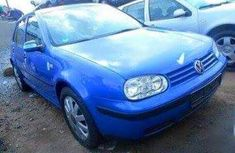 Clean Golf3 2005 blue for sale at a cheaper rate