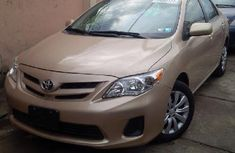 2010 clean Toyota corolla for sale