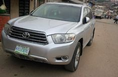 Clean 2008 Toyota Highlander Silver for sale