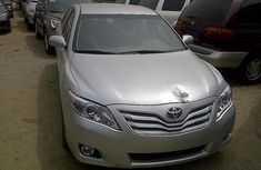 Very clean Toyota Camry 2010 silver for sale