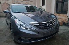 2012 Hyundai sonata Grey in good working condition for sale