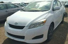 CLEAN AND FORIEGN 2010 TOYOTA MATRIX FOR SALE CONTACT PASTOR OLATUNJI MAXWELL