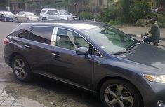 Very clean Toyota venza 2010 model for sale