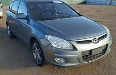 2010 CLEAN AND NEAT HYUNDAI ELANTRA FOR SALE #550,000