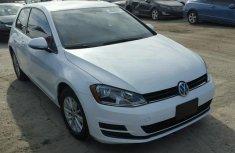 Volkswagen Golf 2016 White for sale