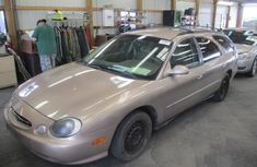 1999 Ford Taurus in good working condition